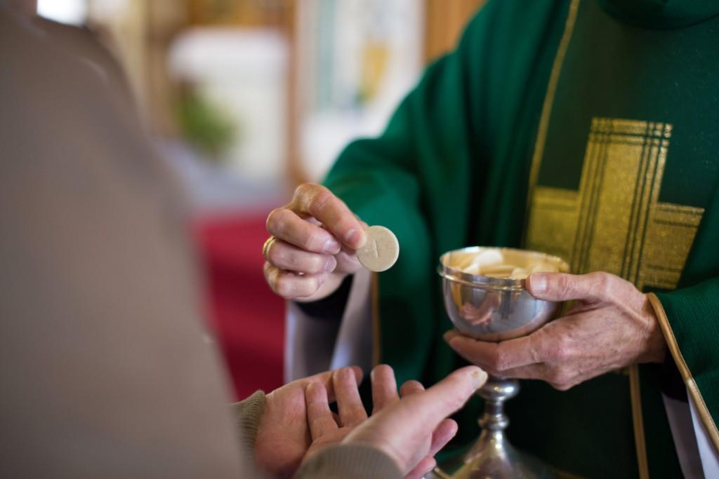 eucharist_1-scaled